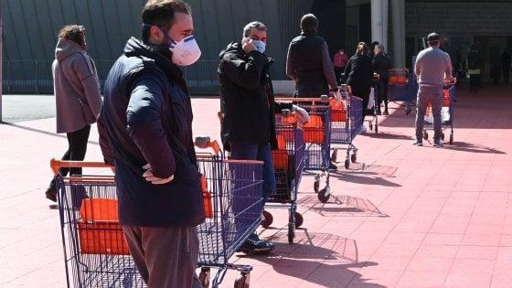 """Coronavirus, Gallone e Fontana: """"Dal Governo settimane di annunci ma non un euro nelle tasche degli italiani."""""""